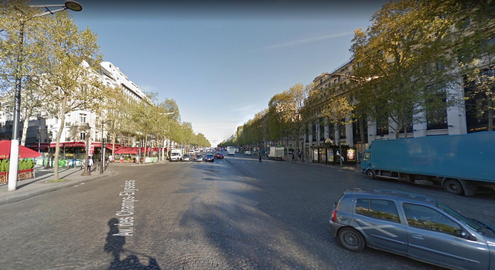 Les Champs-13